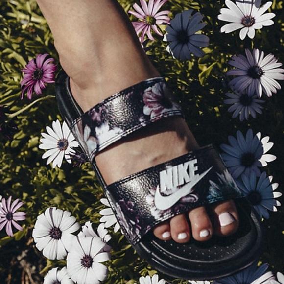31fb8c339096f NWT Nike Benassi Duo Ultra PRM Black Blossom WMNS